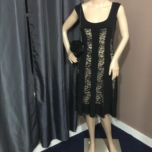 Dresses & Skirts - NWOT Connected Nude & Black Dress